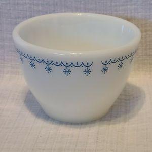 Pyrex Corning ware Snowflake Blue Sugar Bowl ga